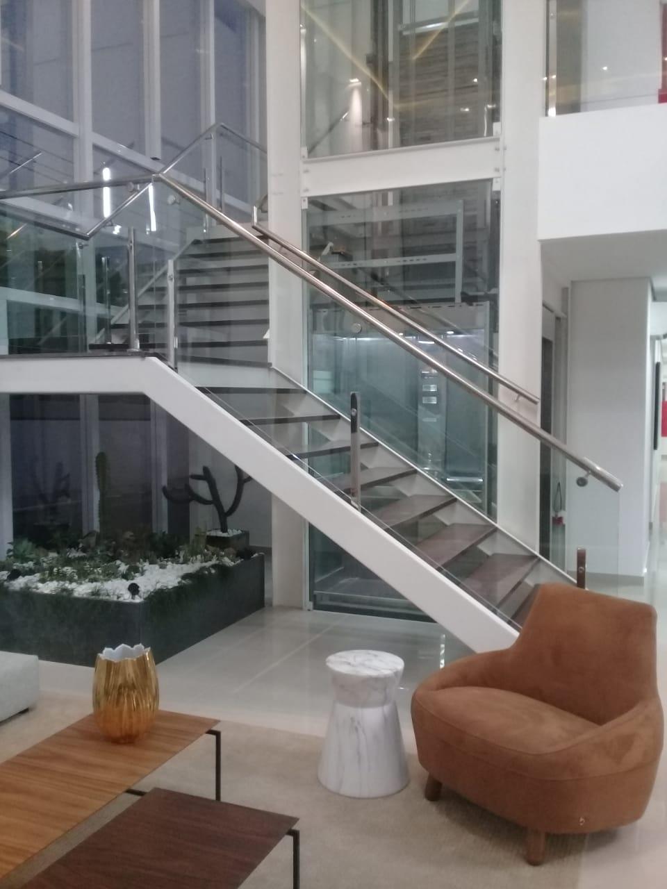 elevador-UR-01